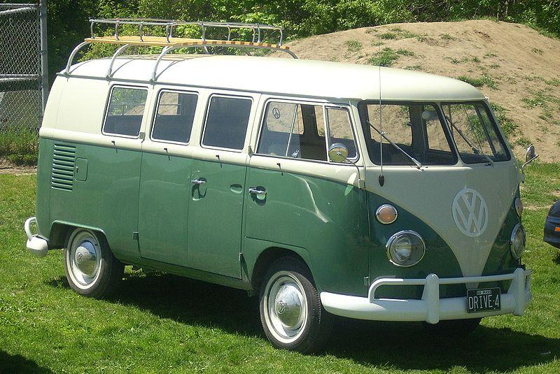 800px-Volkswagen_Bus_(Hudson)
